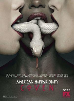 点击播放《美国恐怖故事:女巫集会 第三季》